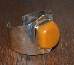 Silver Cuff with Yellow Amber